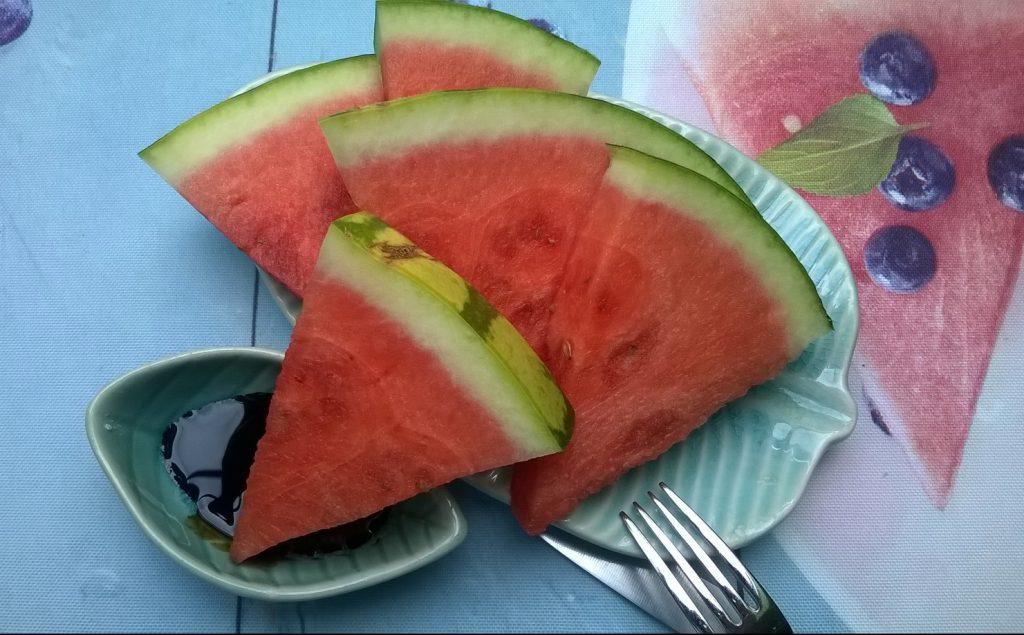 Wassermelone mit Sojasauce