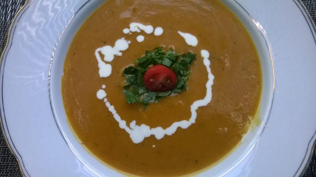 3-Gänge Menü zu Weihnachten - Karottencrèmesuppe
